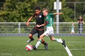 FC Dordrecht jeugd tijdens wedstrijd
